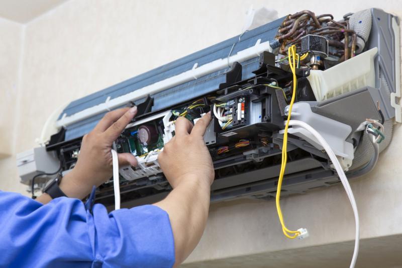 Профессиональная чистка кондиционеров – этапы и особенности